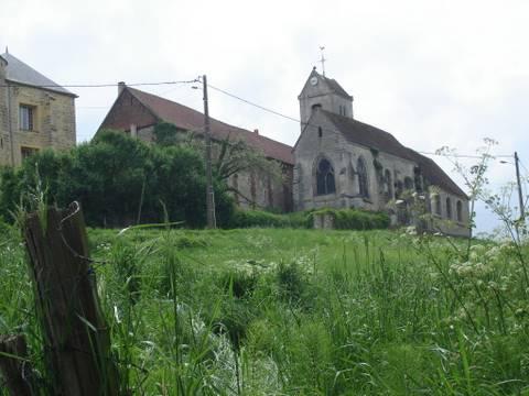 Tourly - Eglise Saint-Clair