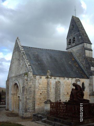 Lantheuil - Eglise de la Trintié de Pierrepont